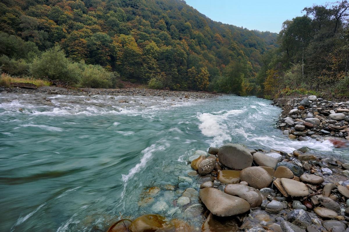 самых фото течение реки варьируется зависимости размеров